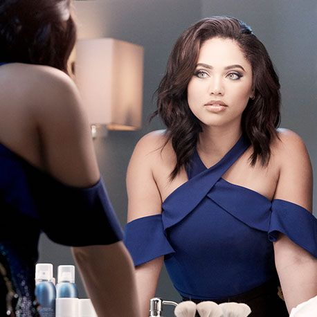 Ayesha Curry adds COVERGIRL to her resume