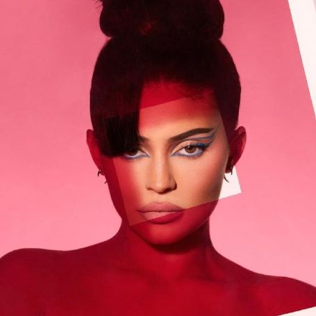 coty-announces-relaunch-kylie-cosmetics-new-and-improved-clean-and-vegan-banner_thumb.jpg